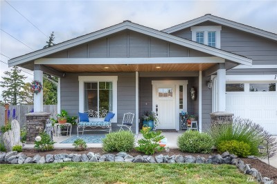 Camano Island Single Family Home For Sale: 1909 Edgewood Dr