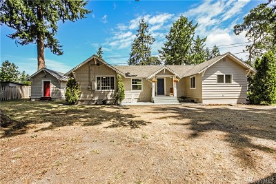 Lakewood Single Family Home For Sale: 9006 SW Dalwood Rd