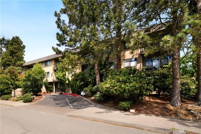 Seattle Condo/Townhouse For Sale: 750 N 143rd St #102
