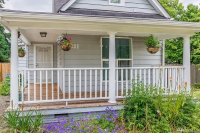 Tacoma Single Family Home For Sale: 8211 S Ainsworth Ave