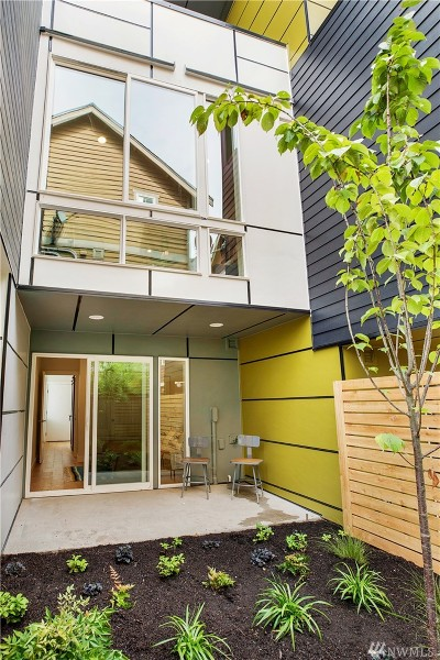 Seattle Single Family Home For Sale: 1121 NW 56th St