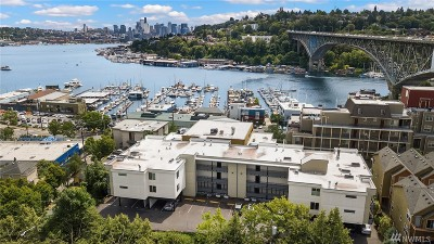 Seattle Condo/Townhouse For Sale: 949 N 35th St #100