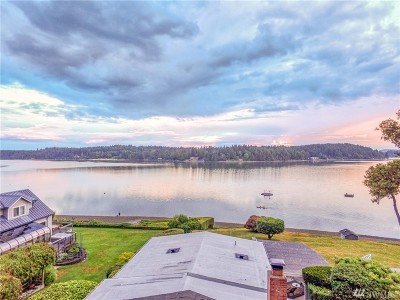 Olympia Single Family Home Pending: 3320 Madrona Beach Rd NW