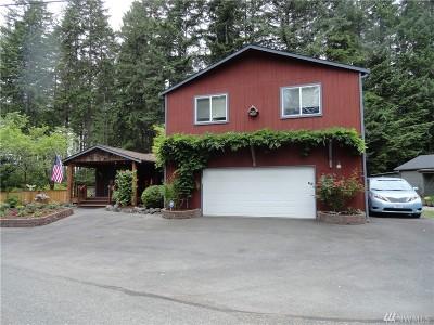 Belfair Single Family Home For Sale: 641 E Creekside Dr