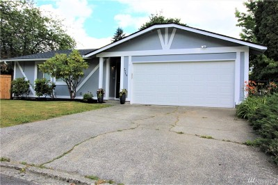 Kirkland Single Family Home For Sale: 7719 NE 142nd Ct
