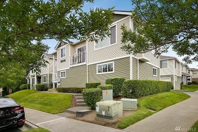 Auburn Condo/Townhouse For Sale: 6014 Lindsay Ave SE #D-11