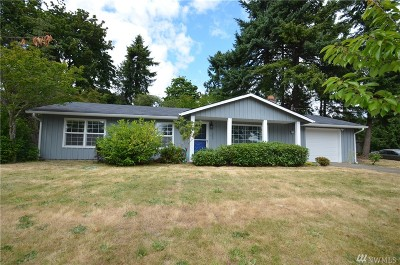 Des Moines Single Family Home For Sale: 1220 S 228th St