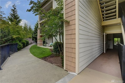 Lynnwood Condo/Townhouse For Sale: 15026 40th Ave W #11202