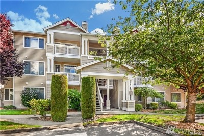 Bothell Condo/Townhouse For Sale: 15300 112th Ave NE #C305