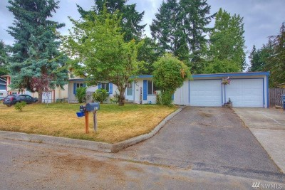 Crescent Park Single Family Home For Sale: 907 195th St E