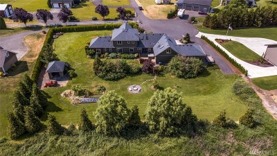Lynden Single Family Home For Sale: 6827 Tranquil Lane