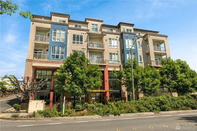 Redmond Condo/Townhouse For Sale: 2222 152nd Ave NE #305