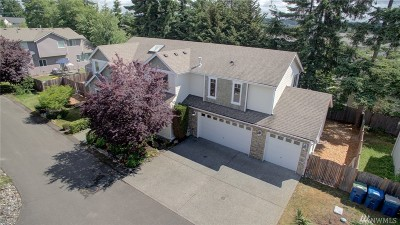 Edmonds Single Family Home For Sale: 8208 234th St SW