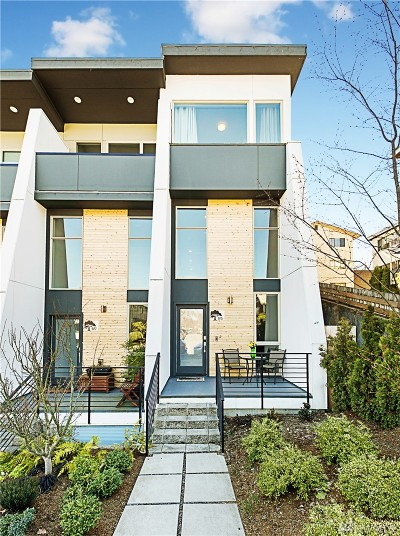 Seattle Single Family Home For Sale: 975 N 45th St