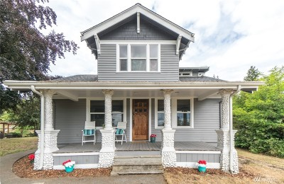 Bremerton Single Family Home For Sale: 724 S Summit Ave