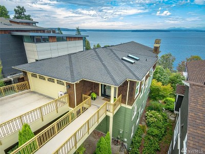 Seattle Single Family Home For Sale: 6037 Atlas Place SW