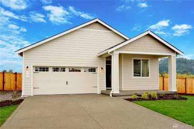 Enumclaw Single Family Home For Sale: 520 Bondgard Ave E