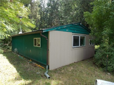 Thurston County Single Family Home For Sale: 16415 Pleasant Beach Rd SE
