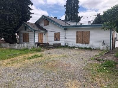 Tacoma Single Family Home For Sale: 120 E 82nd St