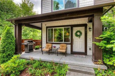 Redmond Condo/Townhouse For Sale: 10260 157th Place NE #101