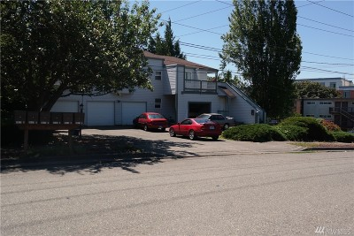 Des Moines Multi Family Home For Sale: 3011 S 224th St