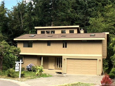 Edmonds Single Family Home For Sale: 6111 145th St SW