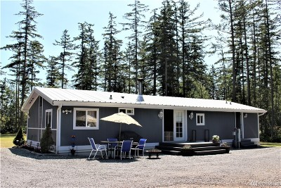 Camano Island Single Family Home For Sale: 120 N Lake Grove Rd