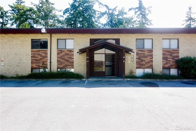 Oak Harbor Condo/Townhouse For Sale: 51 NW Columbia Dr #106