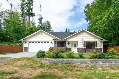 Coupeville Single Family Home For Sale: 1247 Dewey Dr