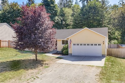 Camano Island Single Family Home For Sale: 1083 Loganberry Lane