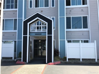 Tacoma Condo/Townhouse For Sale: 25 N Broadway #109