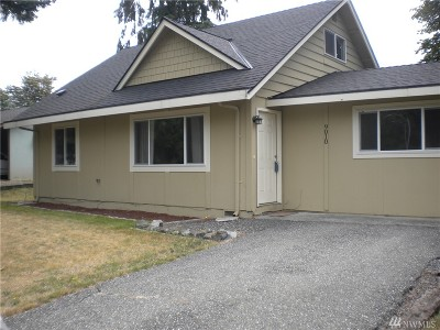 Lake Stevens Single Family Home For Sale: 9010 15th Place SE