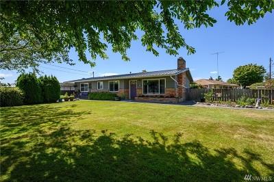 Mount Vernon Single Family Home For Sale: 14612 Avon Allen Rd