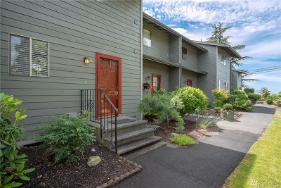 Blaine Condo/Townhouse For Sale: 7650 Birch Bay Dr #Oak8