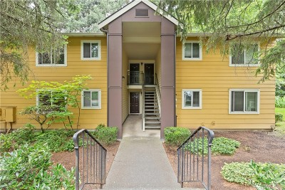 Kirkland Condo/Townhouse For Sale: 12607 100th Lane NE #L156