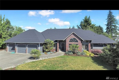 Lynnwood Single Family Home For Sale: 17707 14th Ave W