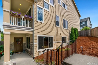 Lynnwood Condo/Townhouse For Sale: 14524 16th Park W #A