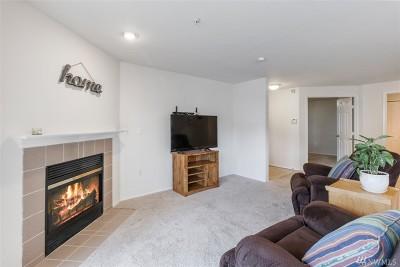 Renton Condo/Townhouse For Sale: 10824 SE 170th St #B 102