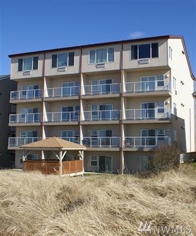 Grays Harbor County Condo/Townhouse Pending: 1335 Ocean Shores Blvd SW #S-21
