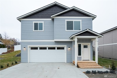 Cashmere Single Family Home For Sale: 400 Riverside Meadow