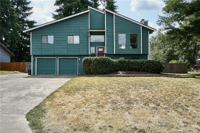 Bonney Lake Single Family Home Contingent: 8114 199th Av Ct E
