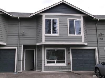 Tacoma Condo/Townhouse For Sale: 1203 110th St E #10