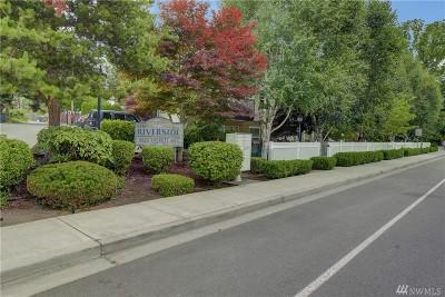 Everett Condo/Townhouse For Sale: 3625 Everett Ave #209