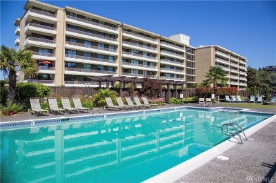 Seattle Condo/Townhouse For Sale: 6535 Seaview Ave NW #B101