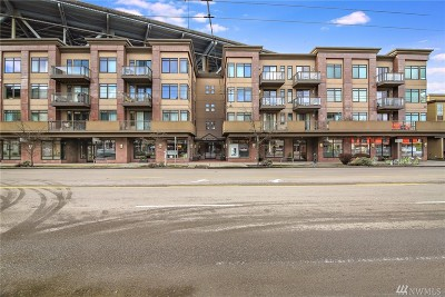 Condo/Townhouse For Sale: 3217 Eastlake Ave E #402