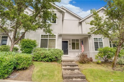 Sammamish Condo/Townhouse For Sale: 928 232nd Place NE