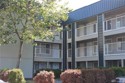 Seattle Condo/Townhouse For Sale: 101 SW 119th St #305
