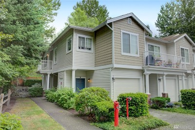 Renton Condo/Townhouse For Sale: 225 S 49th St #52A