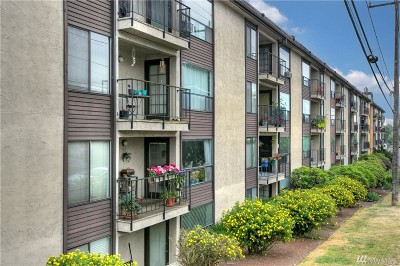 Seattle Condo/Townhouse For Sale: 9416 1st Ave NE #310
