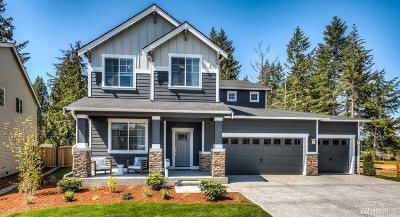 Puyallup Single Family Home For Sale: 12702 Emerald Ridge Blvd E #55